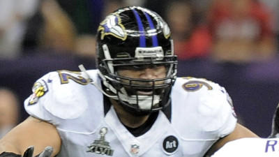 Haloti Ngata injures left knee, unlikely to return