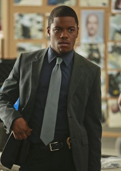 "Currently starring as Det. Marcus Bell in CBS' ""Elementary,"" Jon Michael Hill was born in Waukegan and is a graduate of the University of Illinois. He was nominated for a 2009 Joseph Jefferson Award for supporting actor for his role in ""The Tempest"" at Steppenwolf Theatre."