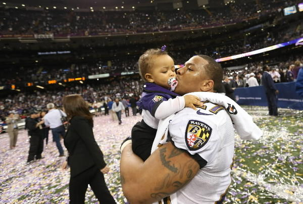 "Raven Ray Rice: ""Fell asleep and woke up a world champion ""Started at the bottom now we here"" (drake voice) #Ravens."""