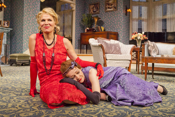 'Fallen Angels' at the Pasadena Playhouse