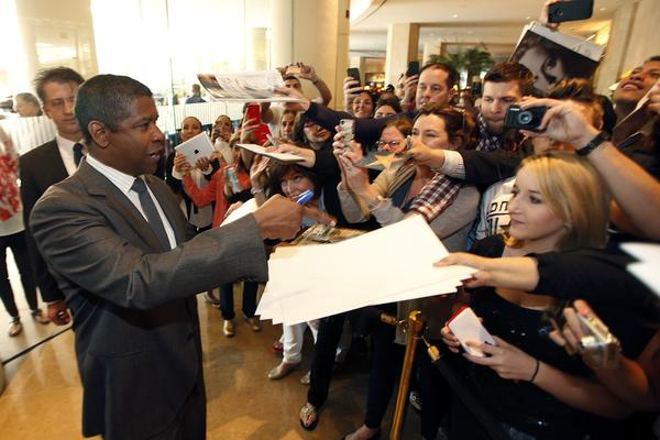 """Flight"" lead actor nominee Denzel Washington."