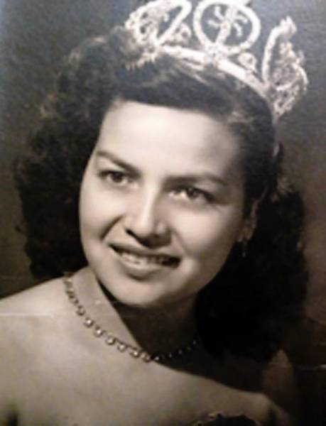 Sophia Barradas, wearing a crown at a ball in 1947.