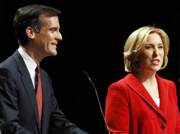 Eric Garcetti, left, and Wendy Greuel at a recent mayoral debate at UCLA. Both made presentations to SEIU members last week. Their courtship of SEIU shows the importance of labor in the mayoral election.