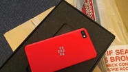 BlackBerry thanks app developers with 12,000 red Z10 smartphones