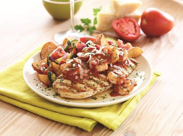 Zesty Roma Chicken & Shrimp is one of two new entrees at Appleby's that is designed to deliver ample flavor but go easy on dieters' figures.