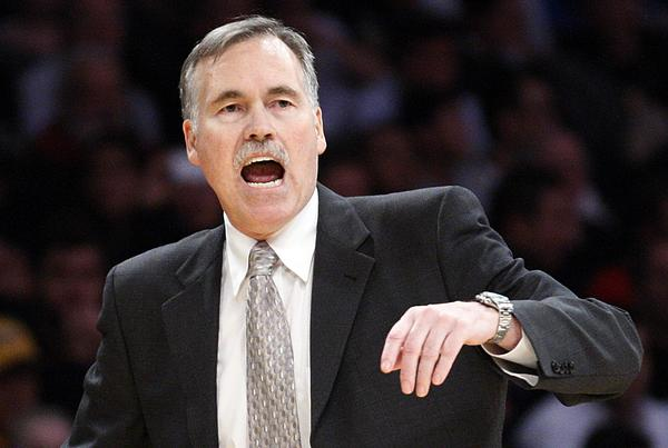 Coach Mike D'Antoni made his Lakers debut with a home victory against the Nets. He will face them in Brooklyn on Tuesday.