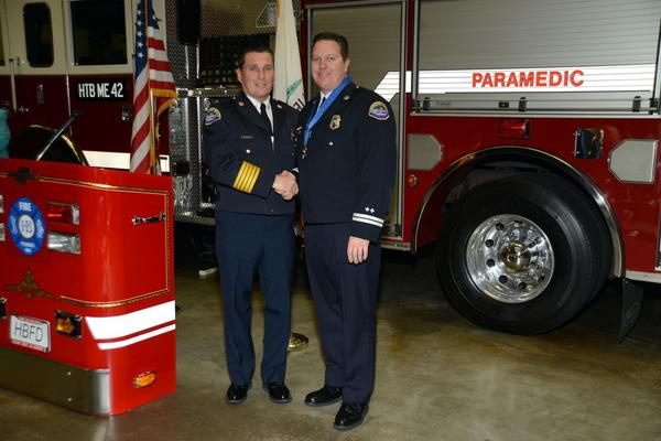Fire Capt. Darrin Witt receives the Medal of Bravery.