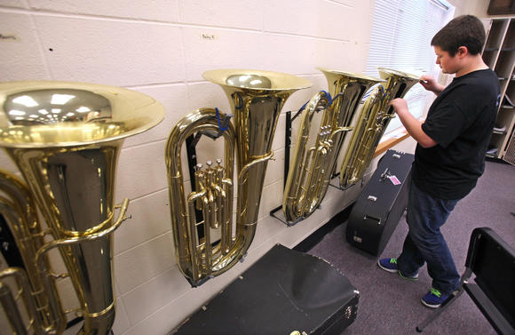 Row of tubas in Aberdeen