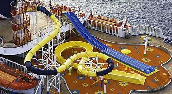 Carnival Fascination pictures --  WaterWorks aqua park