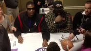 VIDEO Ravens' Jacoby, Arthur Jones sign autographs in Harford