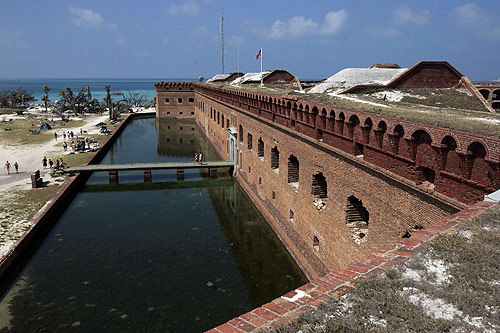 Florida Getaways of the Day - <b>Dry Tortugas:</b>  West of ... Key West?