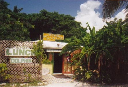 Florida Getaways of the Day - <b>Sugarloaf Key:</b> Crabshack welcomes you to the Lower Keys