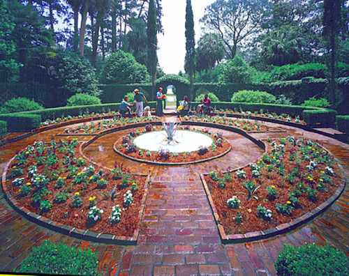 Florida Getaways of the Day - <b>Tallahassee:</b> Stroll the garden paths