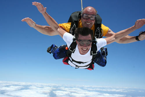 Florida Getaways of the Day - <b>Clewiston:</b> Jump out of a perfectly good airplane