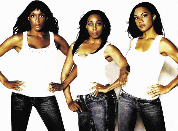 The 1990s hit machine and four-woman R&B ensemble En Vogue has regrouped as a trio - original members Terry Ellis and Cindy Herron along with Rhonda Bennett - and will perform Sunday evening at Hollywood Casino at Charles Town Races in West Virginia.