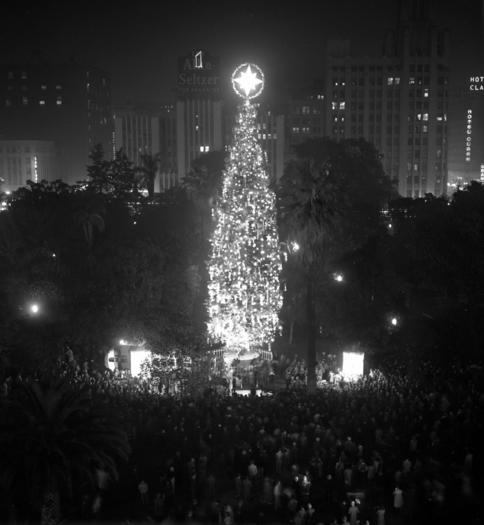 Christmas tree lighting in Pershing Square