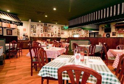 Louie's Italian Restaurant in Allentown
