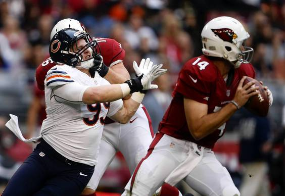 Defensive end Shea McClellin rushes Cardinals quarterback Ryan Lindley in the second quarter.