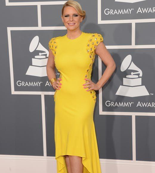 Grammy Awards 2013: Red Carpet Arrivals: Carrie Keagan