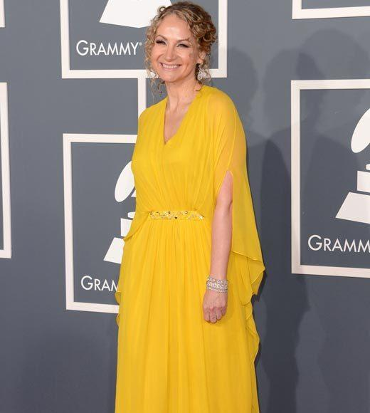 Grammy Awards 2013: Red Carpet Arrivals: Joan Osborne