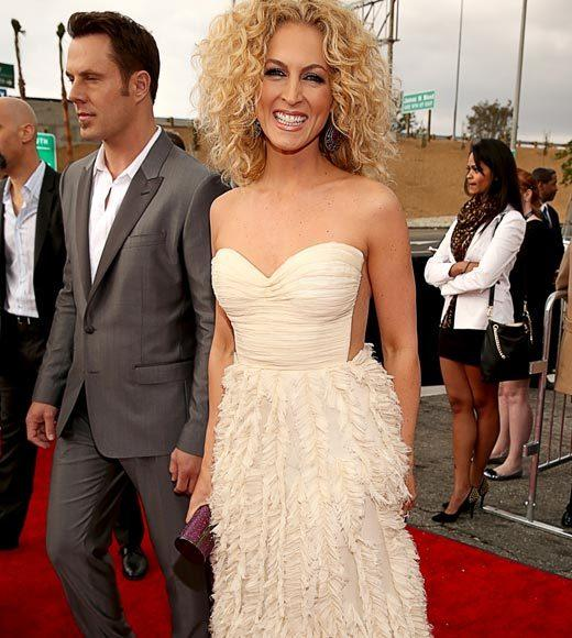 Grammy Awards 2013: Red Carpet Arrivals: Kimberly Schlapman