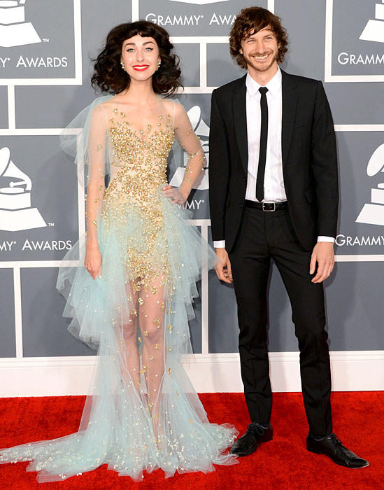 Singers Kimbra, left, and Gotye