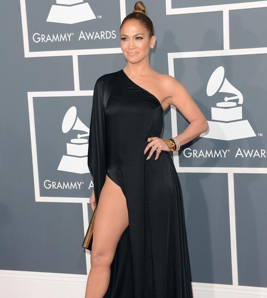 Grammy Awards 2013: Red Carpet Arrivals: Jennifer Lopez