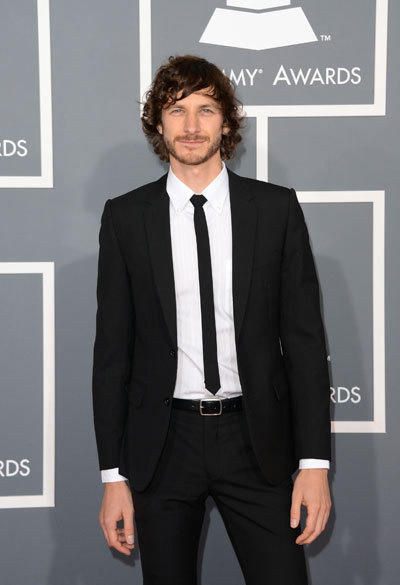 Singer Gotye wears Jack London.