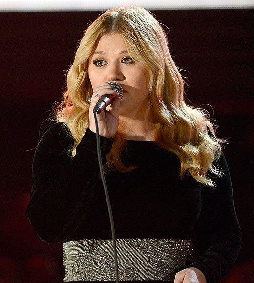 2013 Grammy Awards: Best and worst moments: Kelly Clarkson paid tribute to two lifetime achievement winners -- Patti Page and Carole King -- by singing The Tennesse Waltz and Natural Woman, two of their biggest hits, respectively. It was gorgeous and thats all we have to say about that.   -- Andrea Reiher, Zap2it