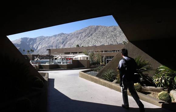 Palm Springs hotel to be converted into Hard Rock outpost