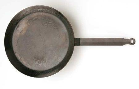 While a frying pan or even a nonstick skillet can be used to make crepes, a specialized crepe pan tends to work best. Shallow and flat-bottomed, these special frying pans are typically made of steel or cast iron.