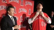 TEMPE, Ariz. — Josh Hamilton admitted after his first spring-training workout with the Angels on Tuesday that he's been juicing … fruits and vegetables, that is.