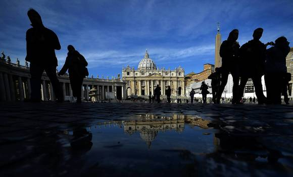 Popes as next-door neighbors
