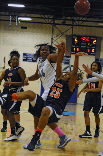 No. 7 Digital Harbor 44, No. 4 Poly 35 in girls basketball