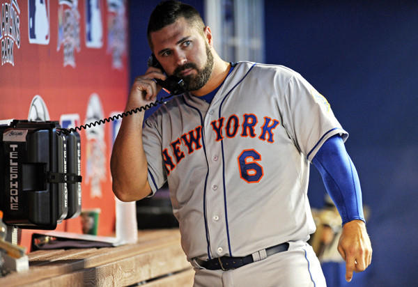 The former Mets catcher signed a $1.5 million, one-year contract with the Seattle Mariners.