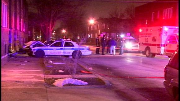 3 officers hurt in crash during South Side pursuit