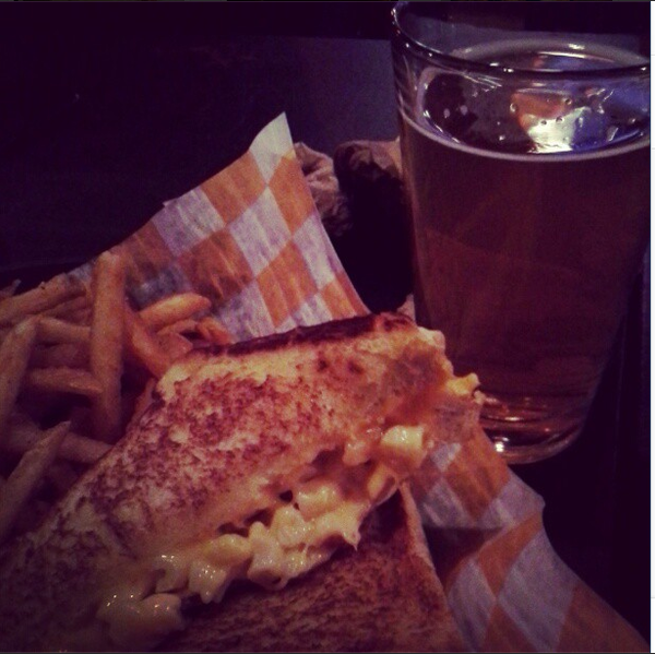 "Mac and cheese grilled cheese from <a href=""http://chicago.metromix.com/venues/mmxchi-cheesies-pub-and-grub-venue"" target=""_"">Cheesie's Pub & Grub</a>. --(@MetromixChi)"