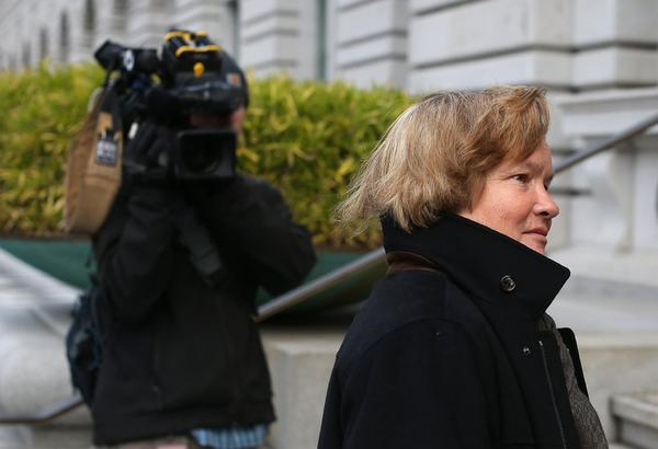 Cristina Arguedas, attorney for  Barry Bonds, arrives at the U.S. Ninth Circuit Court of Appeals on Wednesday.