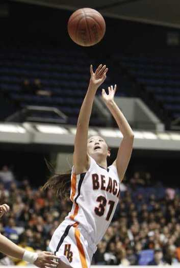 Stephanie Louie will try to help lead Huntington Beach High back to the CIF Southern Section Division 1-A title game.