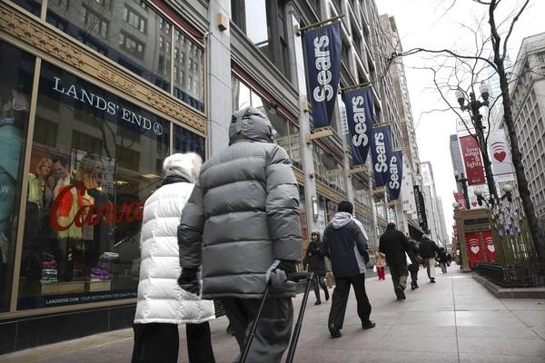 Sears targets busy customers with its Mygofer Express online ordering. Those products can be delivered or picked up, only at Sears' State Street flagship.