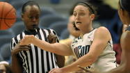 UConn's Kelly Faris Also Stands Out In Classroom