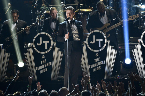 Justin Timberlake performing at the Grammy Awardss