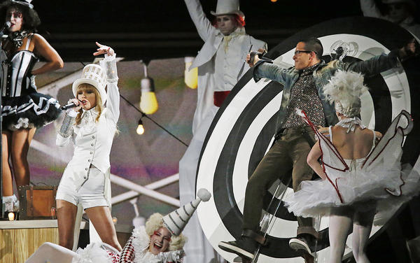 Taylor Swift in performance at the 55th Annual Grammy Awards, the kind of live event to which CBS would have special access with its new deal with AXS.