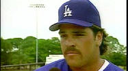 KTLA has 'crushing' video of Vin Scully interviewing Mike Piazza