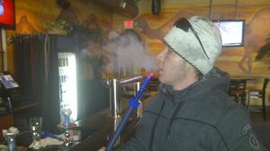 State lawmakers advance hookah bill
