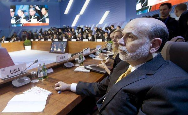 Federal Reserve Chairman Ben S. Bernanke defended the Fed's monetary policies at a session with finance ministers and central banks Friday at the Group of 20 meeting in Moscow.