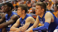 UK falls to Tennessee