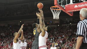 Arkansas beats Missouri after wild final :29 seconds
