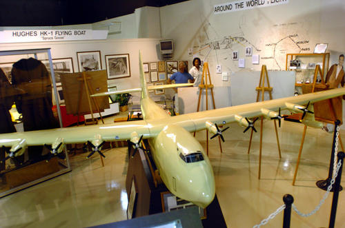 The Florida Air Museum has one of the largest collections of Howard Hughes aviation memorabilia, including a 14-foot model of the Spruce Goose, Hughes' leather flying suits, racing trophies, books, manuals, maps, scrapbooks, and personal memorabilia were included.