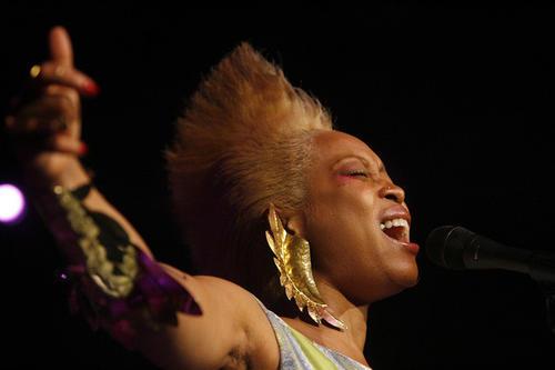 Erykah Badu performs at House of Blues Orlando on Sunday.